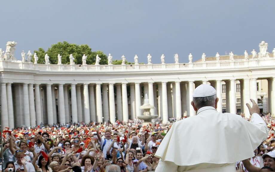 Pope Francis arrives for a meeting with faithful of the Holy Spirit movement in St. Peter's Square at the Vatican, Friday, July 3, 2015. (AP Photo/Gregorio Borgia) Photo: AP / AP