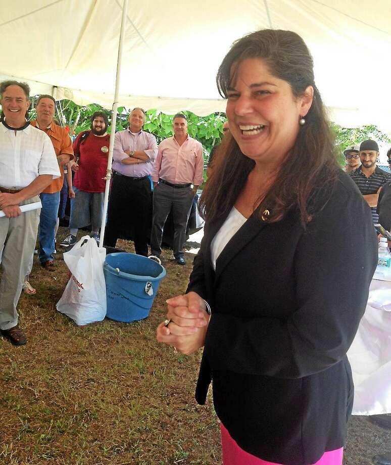 State Sen. Dante Bartolomeo, D-Meriden, welcomes CWI 2 to Meriden. Photo: Mary O'Leary - New Haven Register)