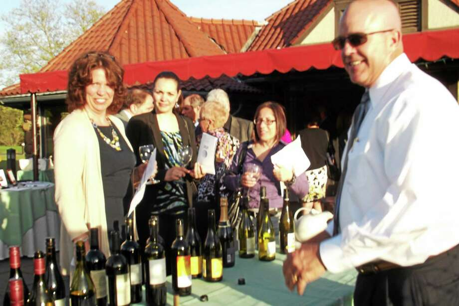 Guests at the VNA Community Healthcare 2013 Taste of Spring Fundraiser. Photo: (Contributed Photo)