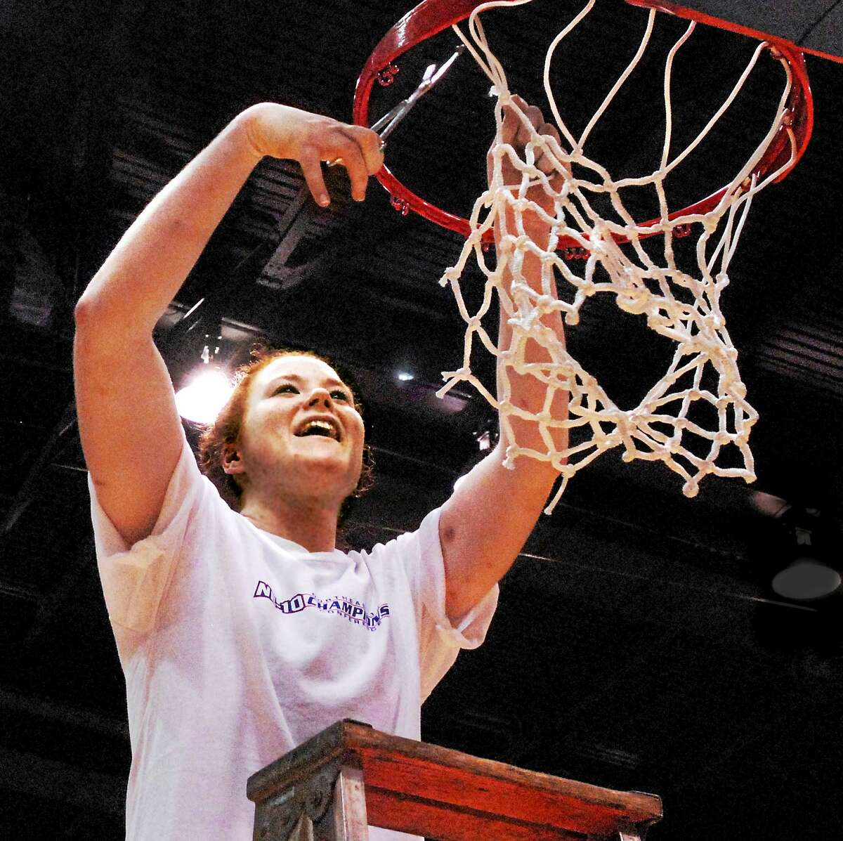 Kate Lynch, shown here cutting down the net after helping SCSU win the Northeast-10 championship in 2007, is expected to be named the Owls new women's basketball coach on Monday.