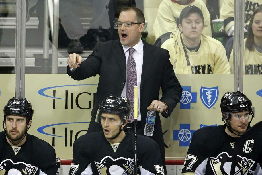 The Buffalo Sabres have reached an agreement in principle to hire former Pittsburgh Penguins coach Dan Bylsma. Photo: Gene J. Puskar — The Associated Press File Photo   / AP