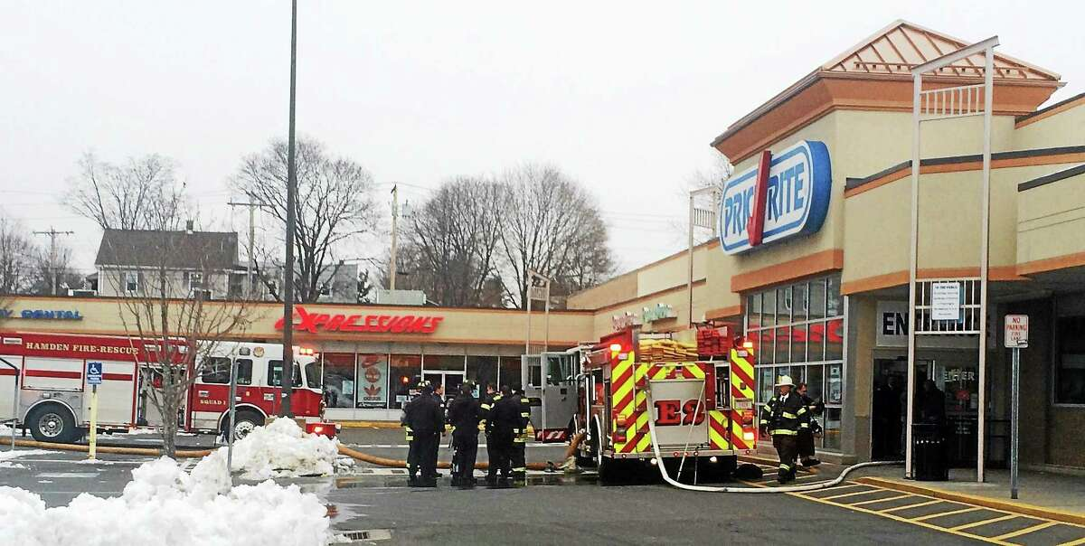 An electrical fire Monday morning at the PriceRite on Dixwell Avenue in Hamden filled the store with smoke, but Fire Chief David Baradesca said no one was hurt and credited employees with quickly evacuating the packed store.