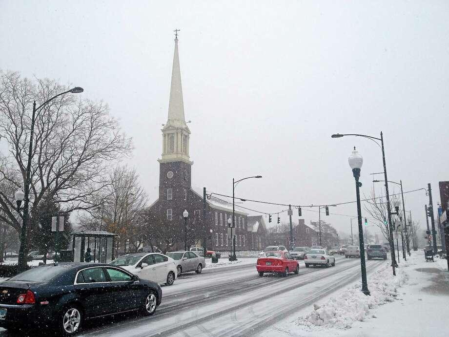 Main Street in East Haven on Monday, Jan. 26. Photo: Esteban L. Hernandez — New Haven Register