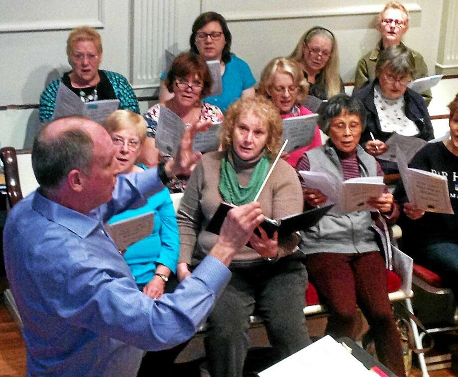 The Orange Congregational Church Choir rehearses for a special concert featuring the works of internationally renowned composer Alice Parker. Photo: Pam McLoughlin — New Haven Register
