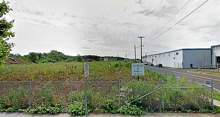 This plot of land, at 46 River St. is part of the city's $20 million River Street Municipal Development Plan. Photo: GOOGLE MAPS