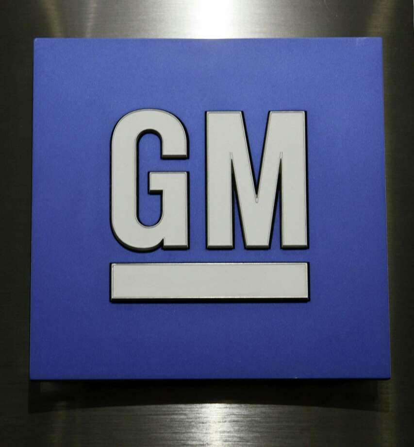 General Motors Co. logo is shown during a news conference in Detroit on Feb. 4, 2015. Photo: AP Photo/Paul Sancya, File   / AP2010