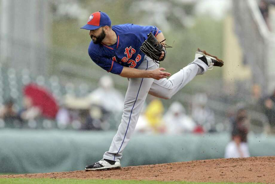 New York Mets pitcher Dillon Gee is rejoining the starting rotation after Zack Wheeler's elbow injury. Photo: Jeff Roberson — The Associated Press   / AP