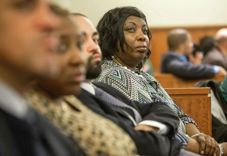 Ursula Ward, right, the mother of victim Odin Lloyd, watches the proceedings during former New England Patriots football player Aaron Hernandez's murder trial, Tuesday, March 17, 2015, in Fall River, Mass. Hernandez is charged with killing semiprofessional football player Odin Lloyd. (AP Photo/The Boston Globe, Aram Boghosian, Pool) Photo: AP / Pool The Boston Globe
