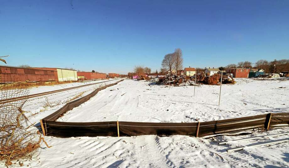 Construction site on the train stations near 120 North Colony Road in Wallingford that will be part of the of the New Haven-Hartford-Springfield high speed rail project. January 2015. Photo: (Peter Hvizdak - New Haven Register)   / ©2015 Peter Hvizdak