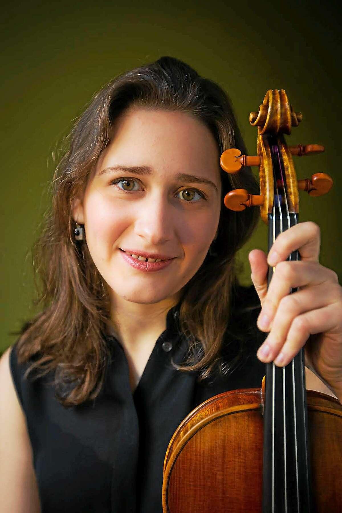 Violist Isabella Mensz, who will play the Osvaldo Golijov program this weekend.