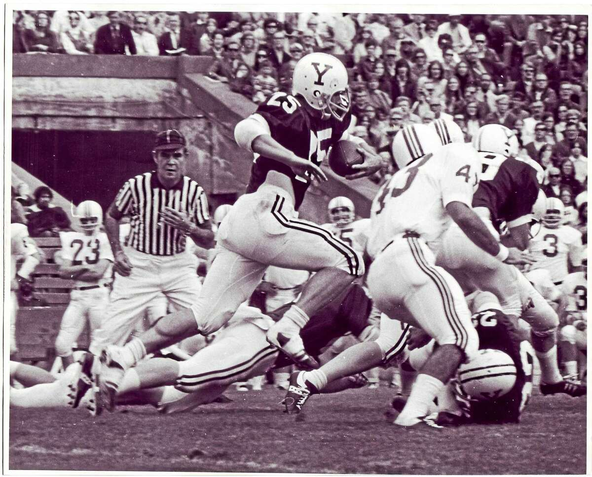 Former Yale running back Dick Jauron will be inducted into the College Football Hall of Fame.