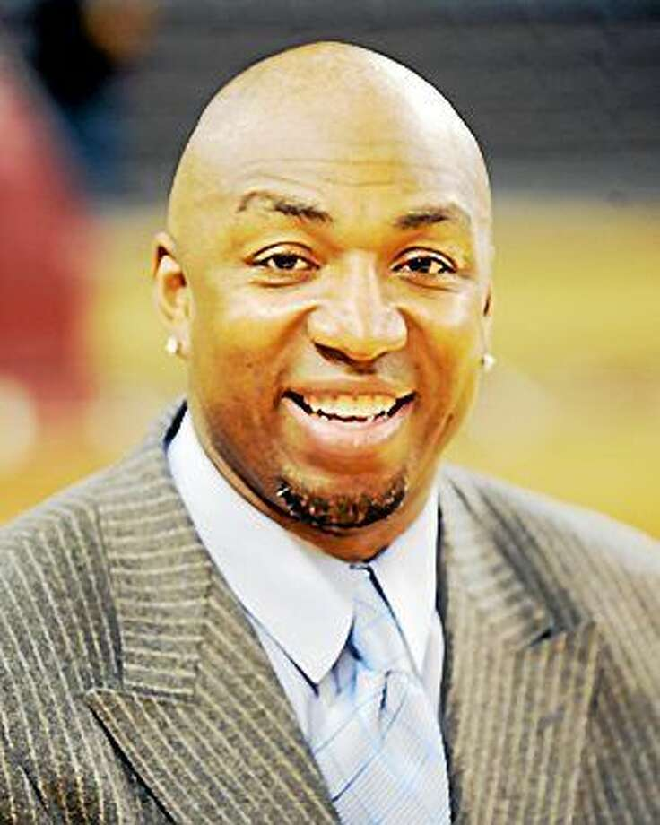 CONTRIBUTED PHOTO  Hamden: Hamden Hall, 1108 Whitney Ave., presents a free evening with former NBA player Vin Baker, 7 p.m. Feb. 19, Bakerís played with  the Seattle SuperSonics, Boston Celtics, New York  Knicks, Houston Rockets and Los Angeles Clippers. Baker grew up in Old Saybrook. He is working on his master of divinity degree at Union Theological  Seminary. RSVP: 203-752-2616 or apesce@hamdenhall.org. Photo: Journal Register Co.