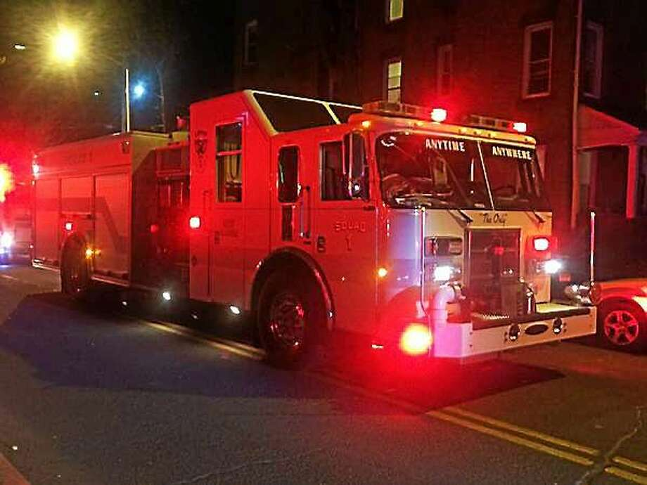 New Haven firefighters quickly knocked down a kitchen fire Monday night at 190 Wooster St. No one was injured in the fire. Photo: (Photo Courtesy Of Kyle Faucher)