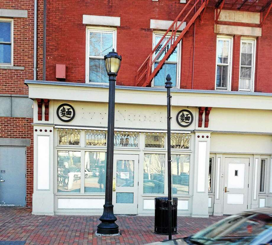 Ivy Noodle at 316 Elm St. in New Haven is expected to reopen by mid-April as Ivy Wok. Photo: Mary O'Leary — New Haven Register