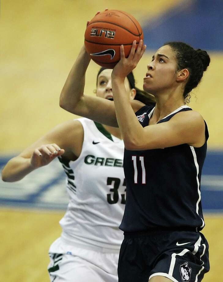 UConn's Kia Nurse, right, was named the Gulf Coast Showcase MVP after Sunday's win over Green Bay. Photo: The Associated Press   / The News-Press