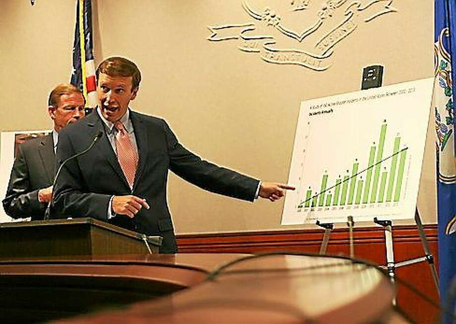 U.S. Sen. Chris Murphy, D-Conn., speaks at a press conference Tuesday in Hartford. Photo: Hugh McQuaid — CTNewsJunkie.com