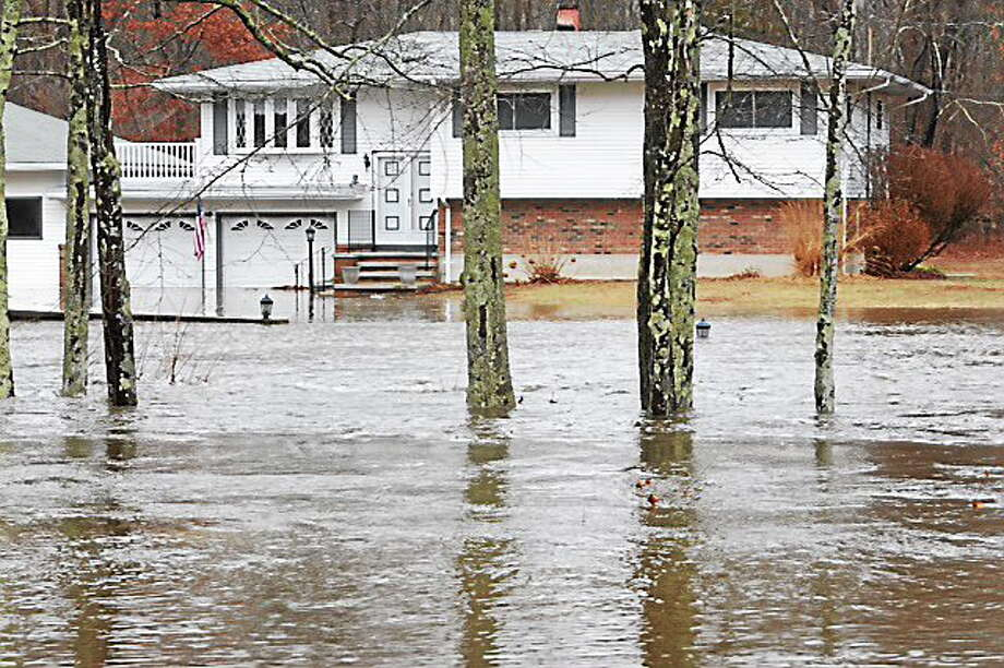 Pond Meadow Road in Westbrook this morning. Mara Lavitt/Register Photo: Journal Register Co.