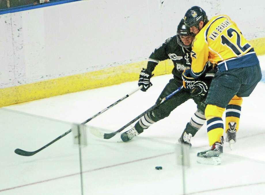 Quinnipiac's Bryce Van Brabant will forgo his senior season to sign a deal and play with the Calgary Flames in the NHL. Photo: Melanie Stengel — Register   / PETER HVIZDAK