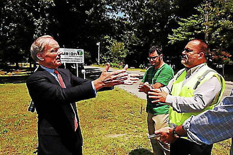 Tom Foley and Mike DíAurio argue. Photo: Madeline Stocker — CT News Junkie