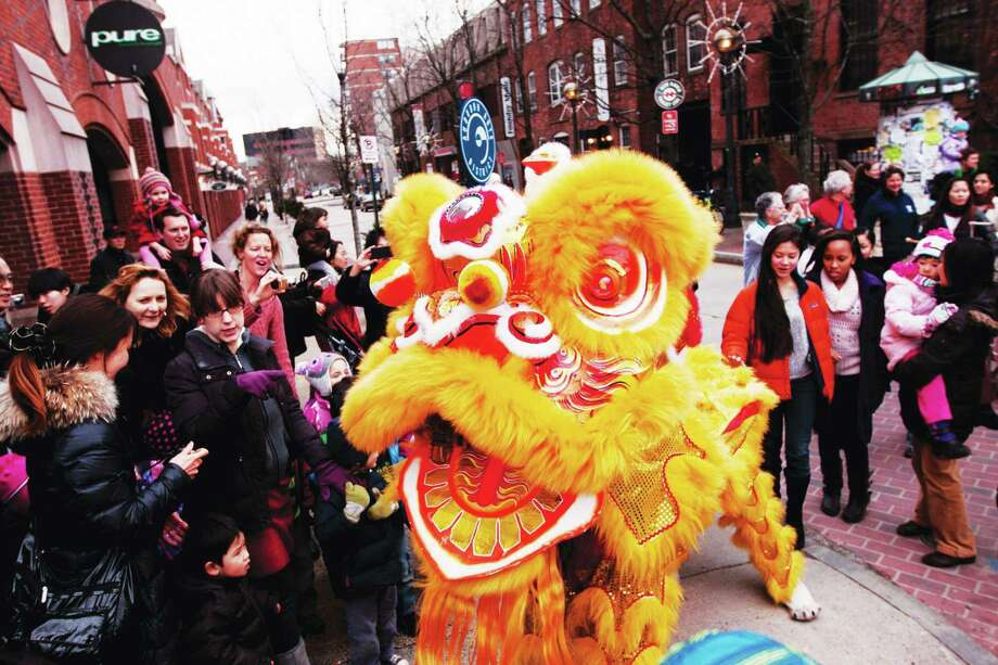 The lion dance is just one of the many cultural events planned. Photo: Yale-China Association Photo