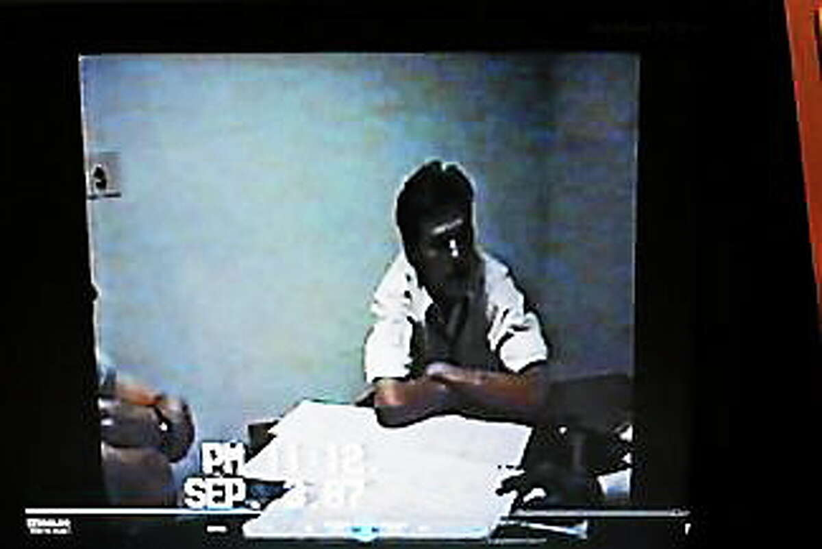 Video of a 17-year-old Kenneth Ireland interrogated by police
