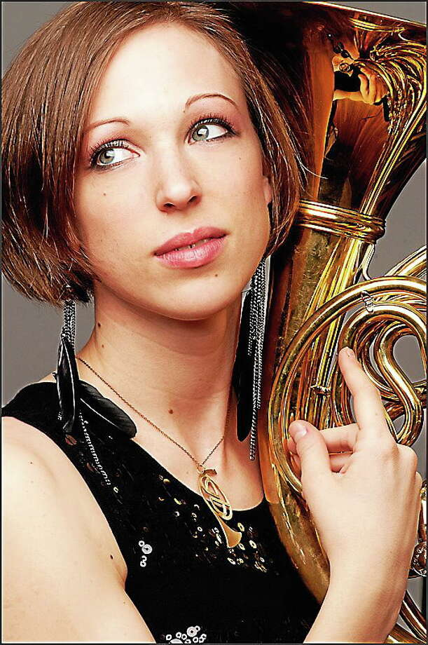 Former New Haven Symphony Orchestra hornist Leelanee Sterrett of the New York Philharmonic joins the NHSO this week for The Huntsmen of Wagner, Strauss & Beethoven. Photo: Courtesy Nhso