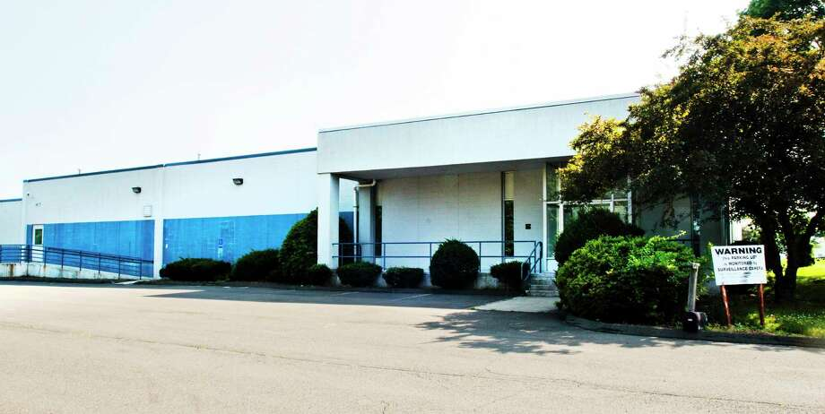 Melanie Stengel — New Haven Register        A building at 400 Frontage Road in West Haven will be used to grow medical marijuana, sources say. (June 2013 file photo) Photo: Journal Register Co.