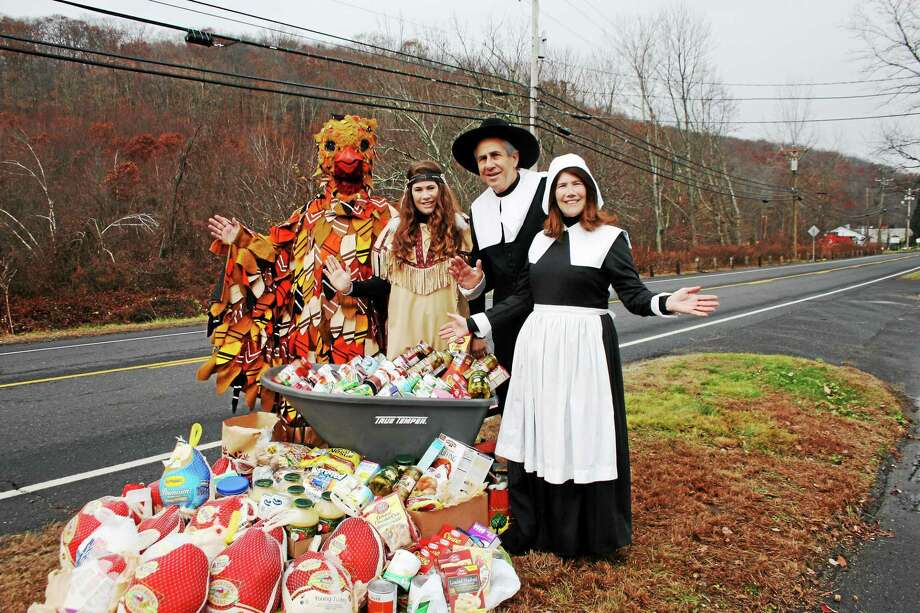Dr. Bruce Sofferman of Smile Dental Center, his wife Deborah and daughter Sophia will be out in force this week for their 30th annual Turkey Drive. Photo: (Jean Falbo-Sosnovich - For The Register)