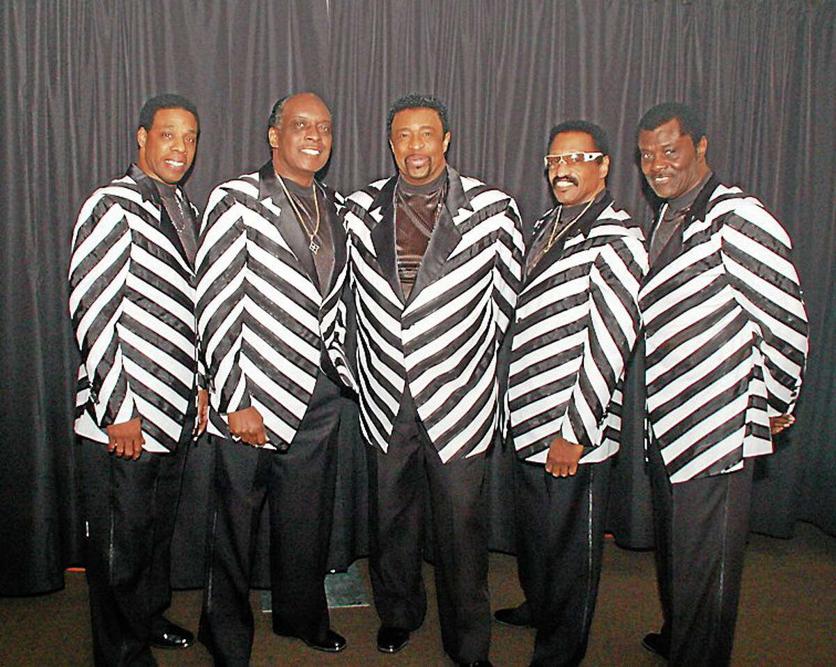 Dennis Edwards, center, with, from left, Paul Williams Jr., Chris Arnold, Mike Patillo and David Sea.