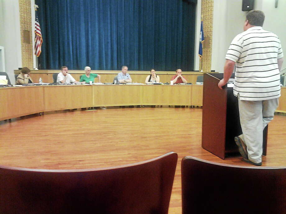 Members of the Legislative Council listen to Craig Cesare, director of Public Works, at a budget meeting Monday night in Hamden. Photo: EBONY WALMSLEY — NEW HAVEN REGISTER