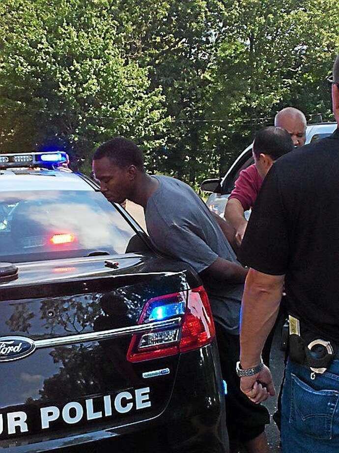 Seymour police arrest Waterbury murder suspect with alleged
