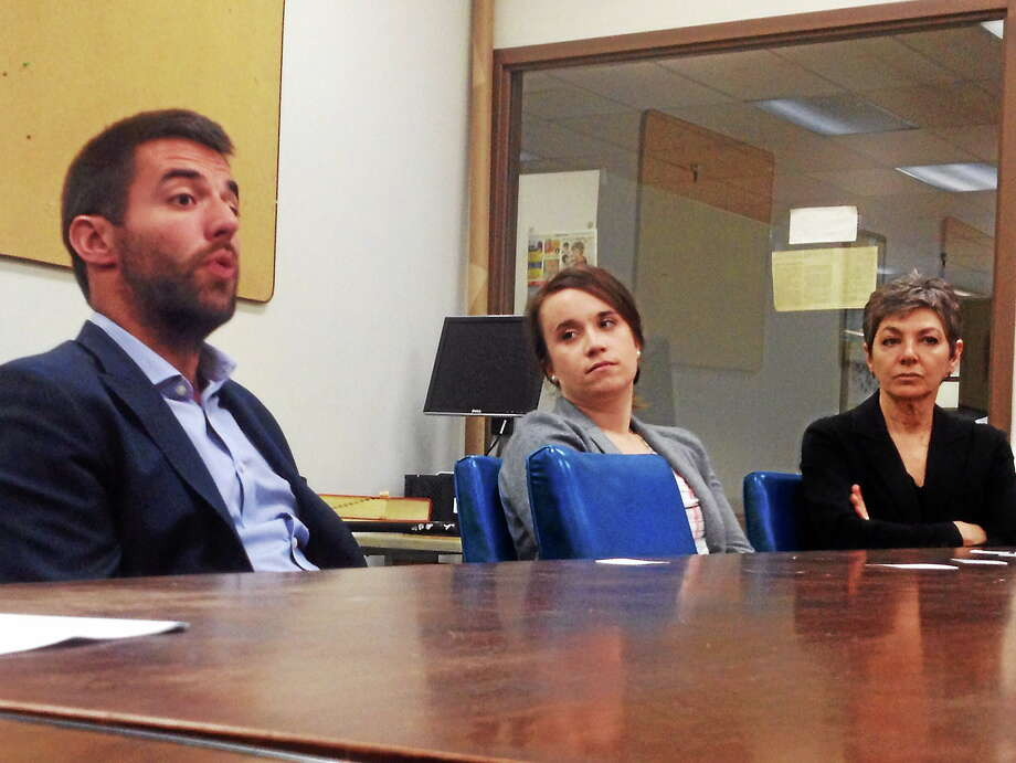 Families for Excellent Schools visits the New Haven Register editorial board. Photo: Journal Register Co.
