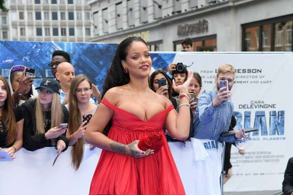 "LONDON, ENGLAND - JULY 24:  Rihanna attends the ""Valerian And The City Of A Thousand Planets"" European Premiere at Cineworld Leicester Square on July 24, 2017 in London, England.  (Photo by Karwai Tang/WireImage)"