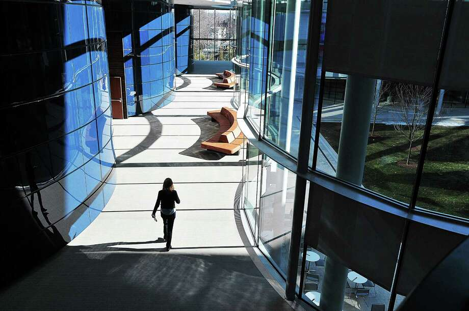 The new Yale School of Management building on Whitney Avenue in New Haven. Photo: Peter Casolino — New Haven Register
