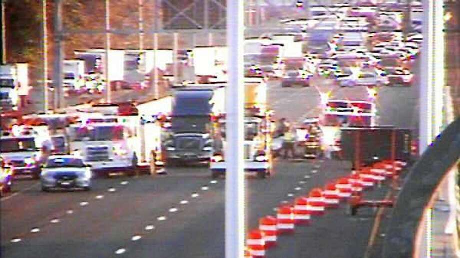 New Haven woman killed in I-95 crash with tractor-trailers - New