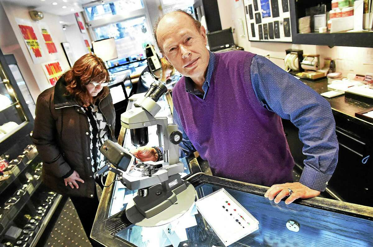 Peter Indorf, owner of Peter Indorf Jewelers, is closing his Chapel Street shop after 42 years in New Haven and consolidating with the Madison location. ìI thank our many loyal clients, associates, and friends for allowing our firm to become part of their families,î said Indorf.
