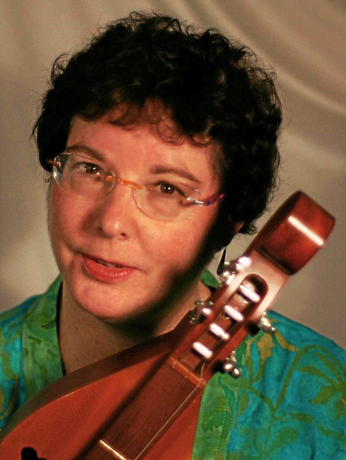 The Branford Folk Music Society welcomes Diane Taraz to the First Congregational Church of Branford Saturday.