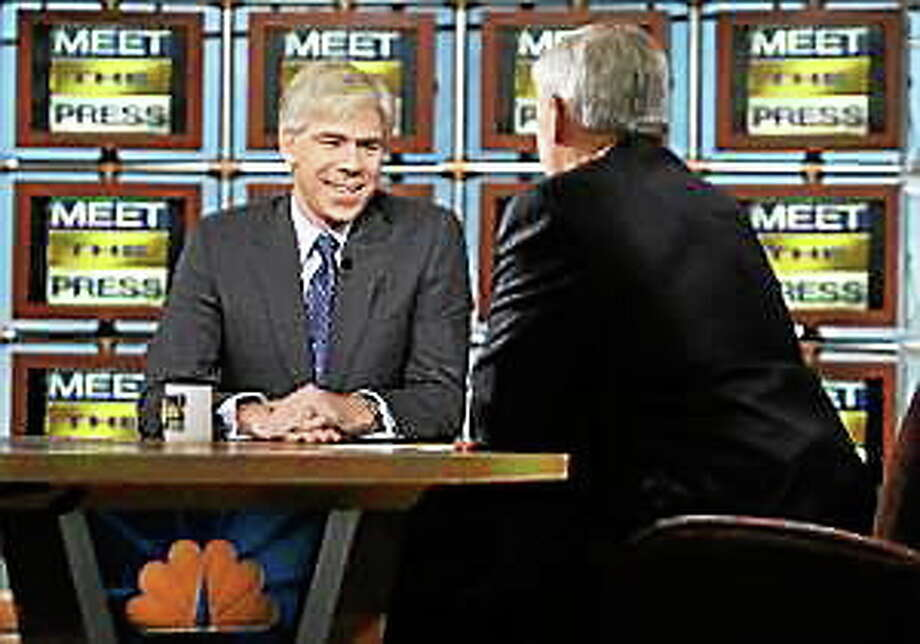 """David Gregory appears with Tom Brokaw during a taping of """"Meet the Press'"""" Sunday, Dec. 7, 2008, in Washington. Photo: (Alex Wong — The Associated Press)"""