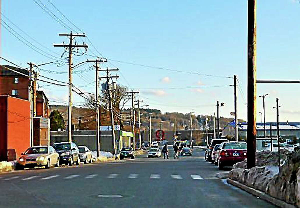 View looking south on West Main Street in Ansonia. Patricia Villers/Register
