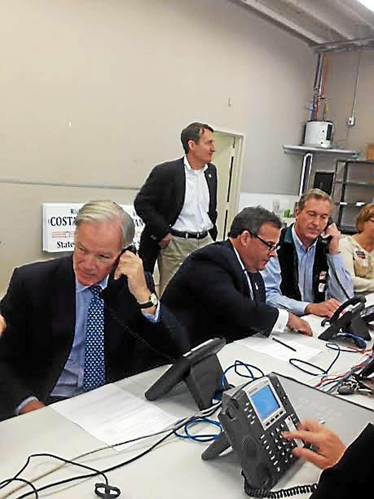 Tom Foley and Gov. Chris Christie at Foley phone bank.