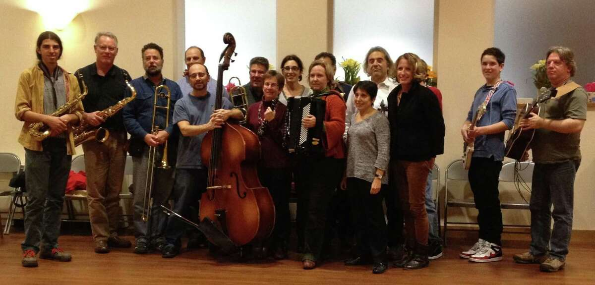 Nu Haven Kapelye invites all fans of klezmer music to the show.