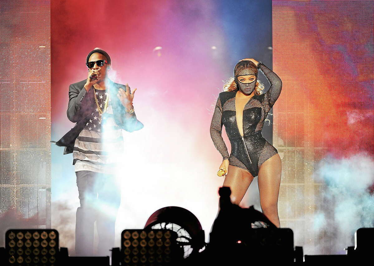 Beyonce and JAY Z perform on stage during the Beyonce and Jay Z - On the Run Tour at the Rose Bowl on August 2, 2014, in Los Angeles.