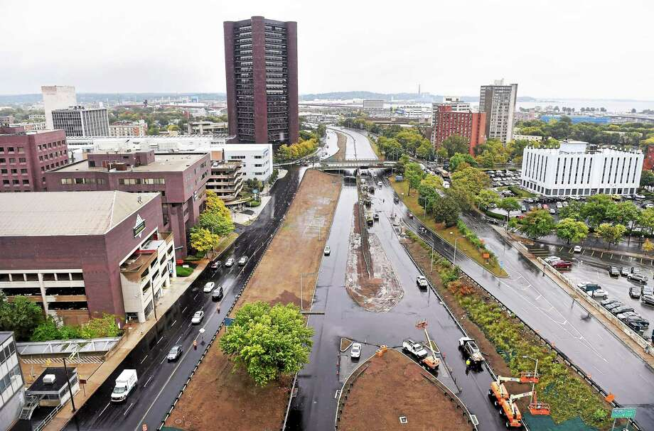 A view of Downtown Crossing area and Frontage Road in New Haven from the 11th floor of 100 College St. Wednesday. Photo: Arnold Gold — New Haven Register