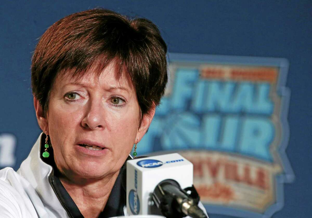 Notre Dame head coach Muffet McGraw didn't have many kind words for Geno Auriemma on Monday.
