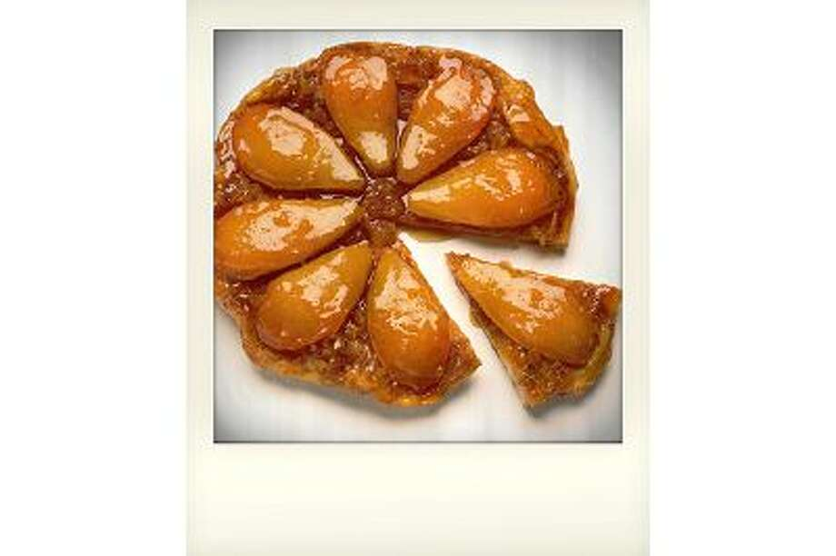 Even the slowest-moving cook can have this Easy Make-Ahead Pear Tarte Tatin, a showstopper of a dessert, ready to go into the oven in 30 minutes, start to finish. Photo: THE WASHINGTON POST / Deb Lindsey