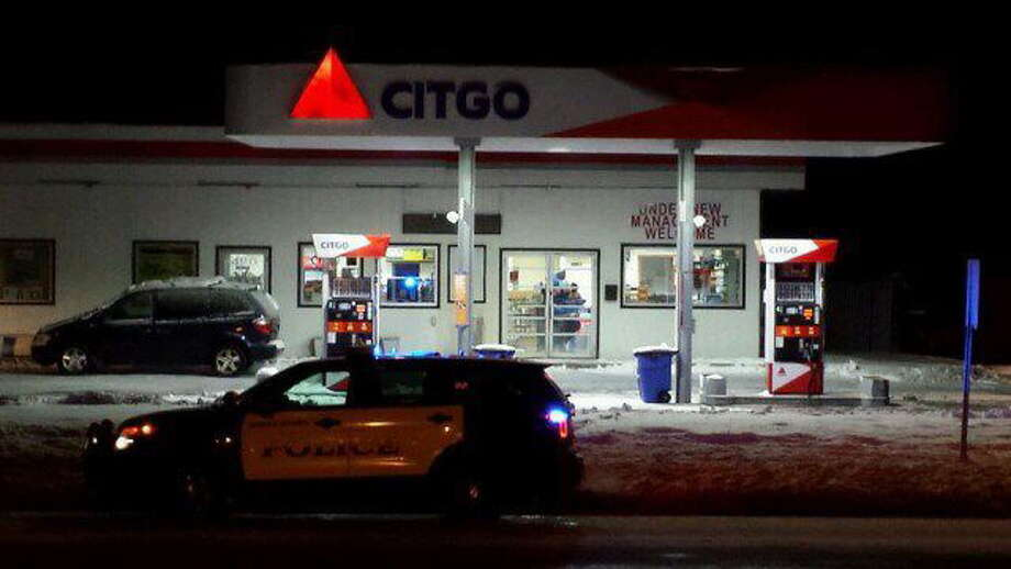 An employee at the Citgo gas station, 490 Washington Ave., in North Haven was stabbed early Tuesday morning, Feb. 4, 2014. Photo: WTNH / George Roelofsen