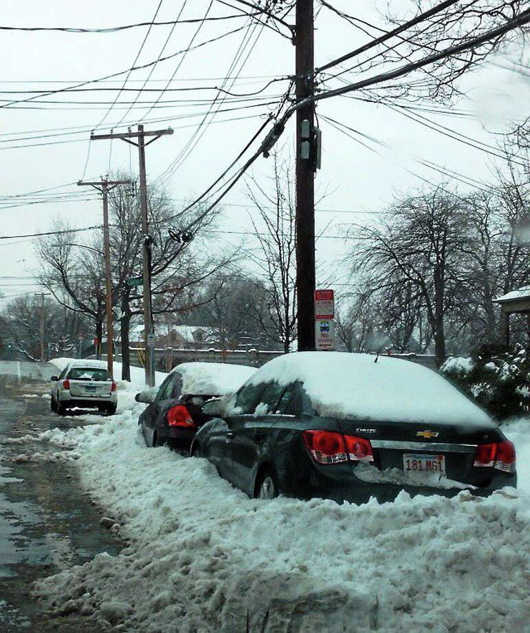 Cars plowed in on Howard Avenue in New Haven Photo: Journal Register Co.