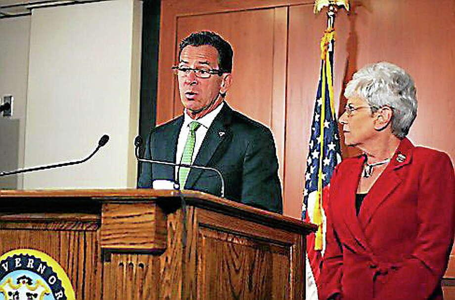 Gov. Dannel P. Malloy and Lt. Gov. Nancy Wyman in the EOC Monday. Christine Stuart/CT NewsJunkie Photo: Journal Register Co.