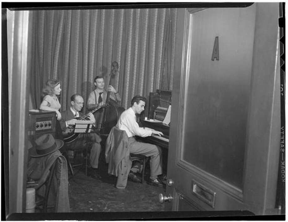 Library of Congress photo: New Haven-born jazz pianist Donn Trenner has played with many of the great ones.