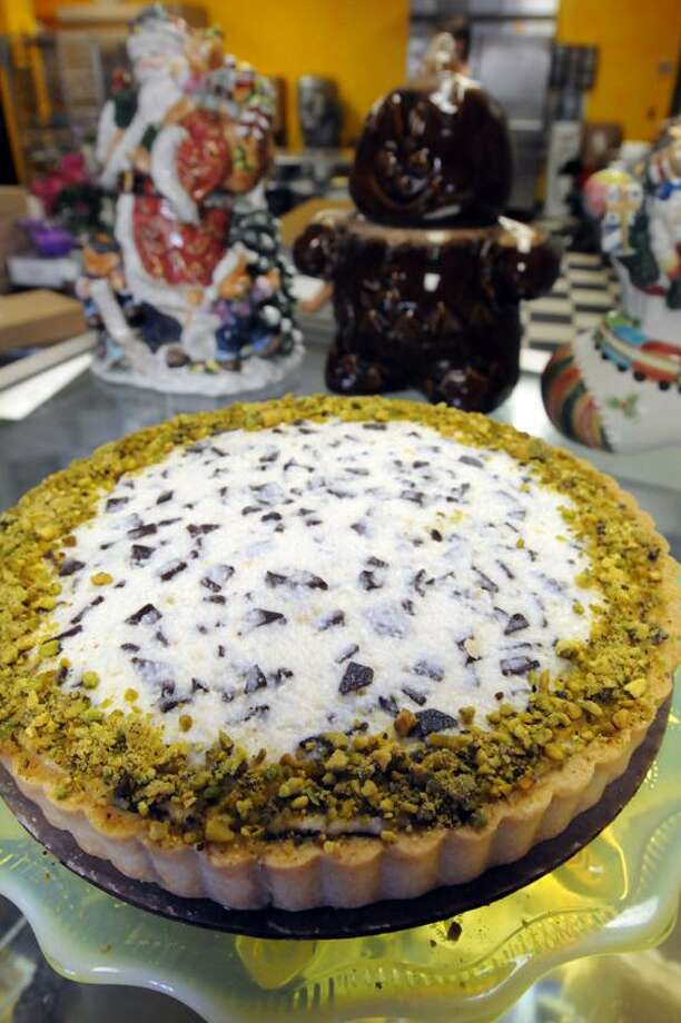 Mara Lavitt/Register photo: The Cannoli Tart can also be special-ordered at Take the Cake bakery in Guilford.